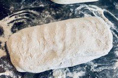 kvaskovy-chlieb-spod-vody-stacanie-do-osatky